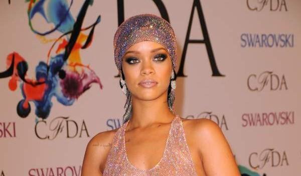 Rihanna-CFDA-Awards-June-2014
