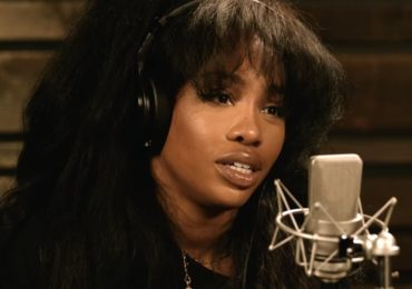SZA-Talks-Early-Singing-Inspiration-New-Album-And-More-Video